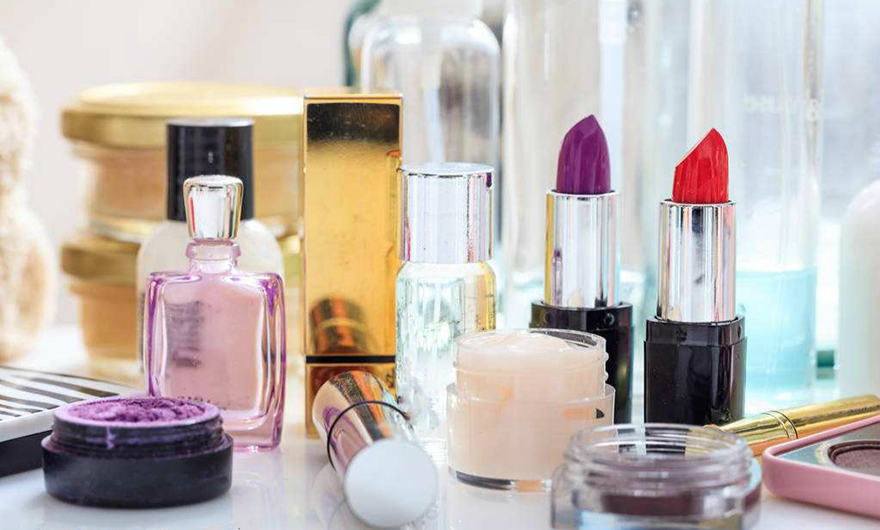 Most cinnamic acid derivatives are commonly used as perfumery in cosmetics around the world
